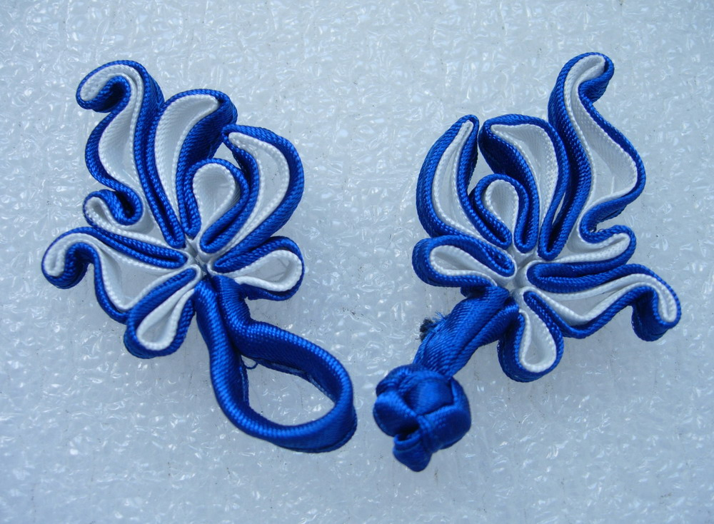FG90-17 Chinese Frog Closure Buttons Knots Tail Deep Blue Wh 5pr