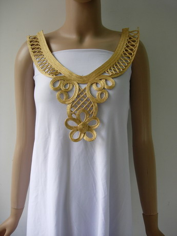 MR211 Gold Metallic Cord Braided Loopy Floral Neckline Motif