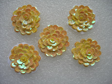 "FW321 Layered 1 3/8"" Flowers Sequined Beaded Applique Yello 5pcs"