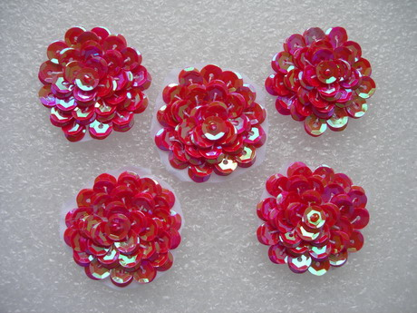 "FW322 Layered 1 3/8"" Flowers Sequined Beaded Applique Red 5pcs"