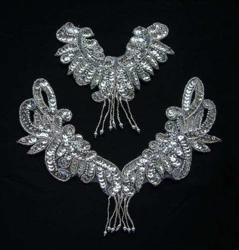 NK245-3 Fringed Neck Sequin Beaded Applique Motif Silver 2pcs